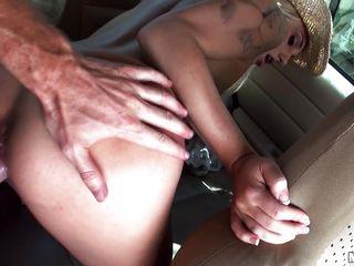 Секс с блондинкой в тюрьме