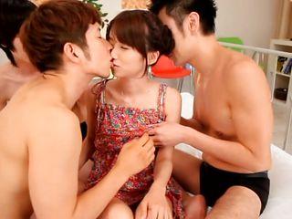 Порно фото беременные азиатки