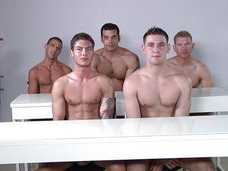 Смотреть гей порно групповушка
