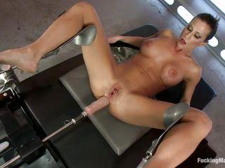 Секс с училкой на столе