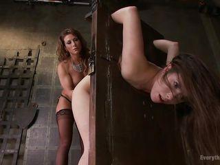 Порно мамки в чулках бесплатно